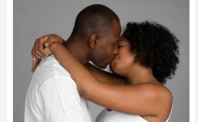 HOW OFTEN SHOULD YOU KISS YOUR PARTNER