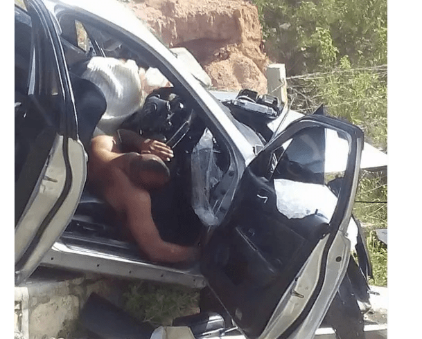 Drama and confusion as naked couple die in a car crash
