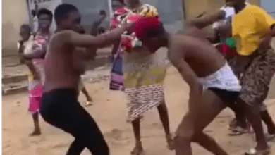 See Photos Of Two Ladies Fighting For A Man