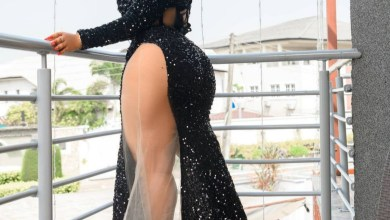 Moyo Lawal says as she shows off her thigh and bum