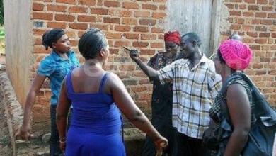Drama As Man beats Senior Police Officer Over Girlfriend, Woman beats up ex husband, girlfriend in STI infection row