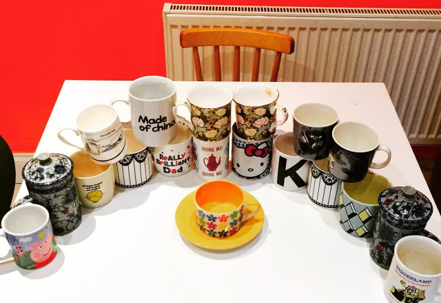 A storm of mugs and cups
