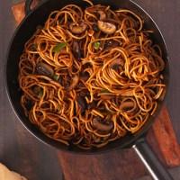 Garlic Mushroom Noodles