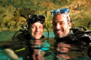 Mergulho no Cenote Dos Ojos
