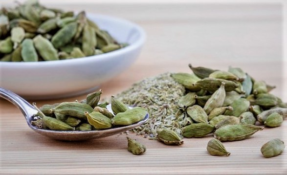 Cardamom for digestiong