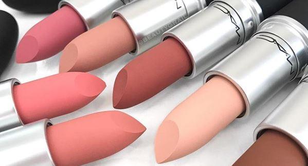 MAC's POWDER KISS voor onweerstaanbare lippen