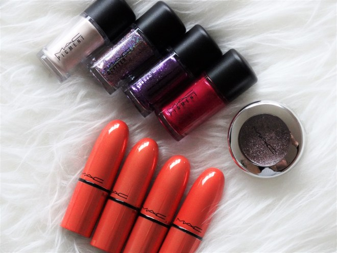 review MAC shiny pretty things