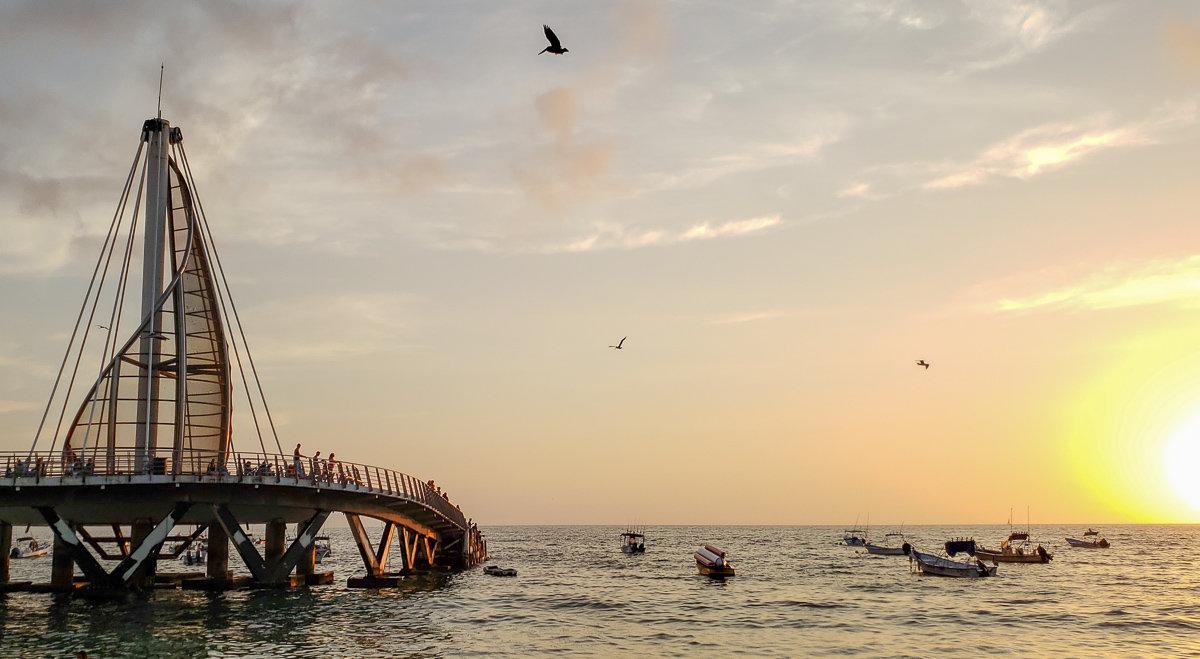 Los Muertos Pier at sunset