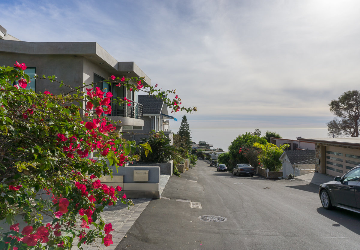 Residential area near Victoria Beach