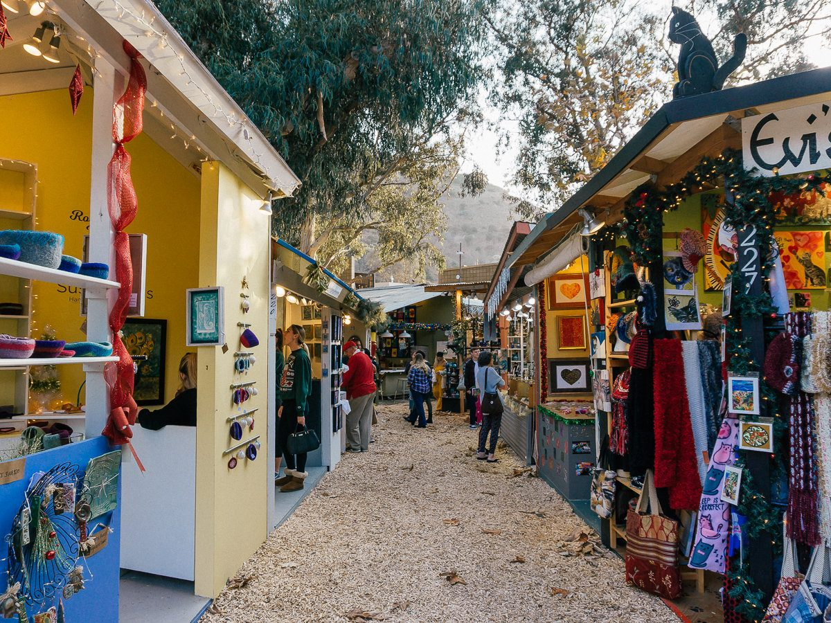 The shops inside of the Sawdust Art Festival