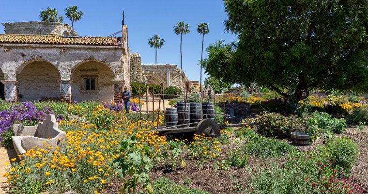 Visiting the Mission San Juan Capistrano