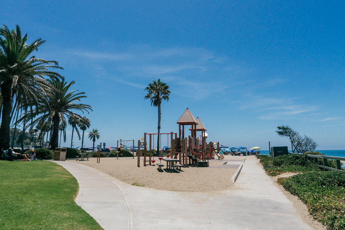 There is a playground and park area at Aliso Beach
