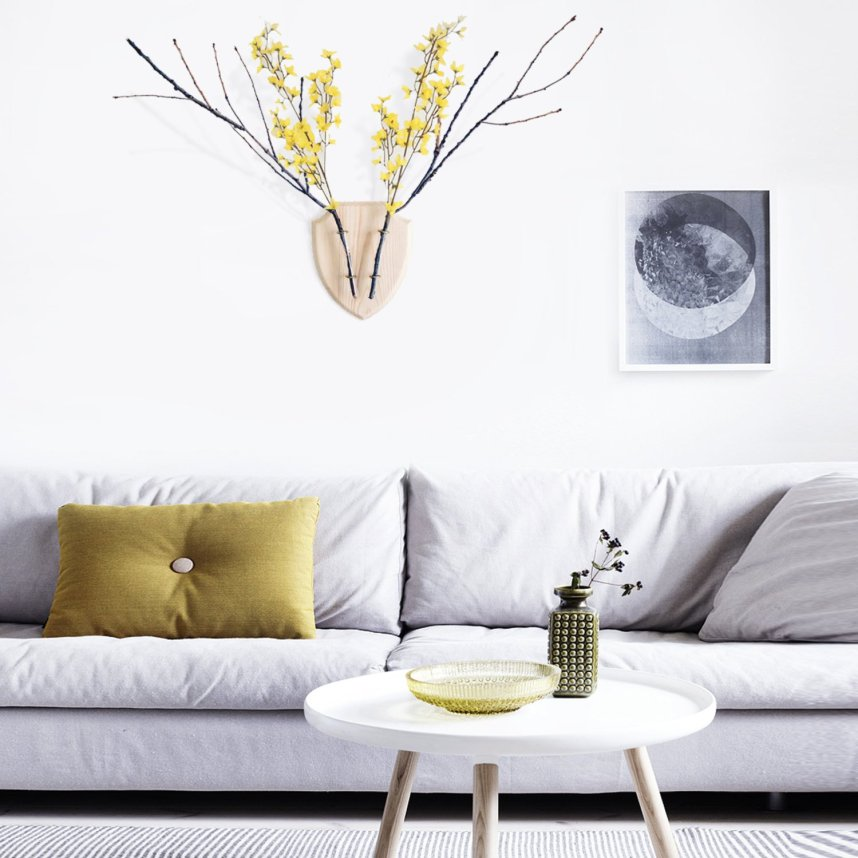 eco_deer_wall_planter_wood_livingroom