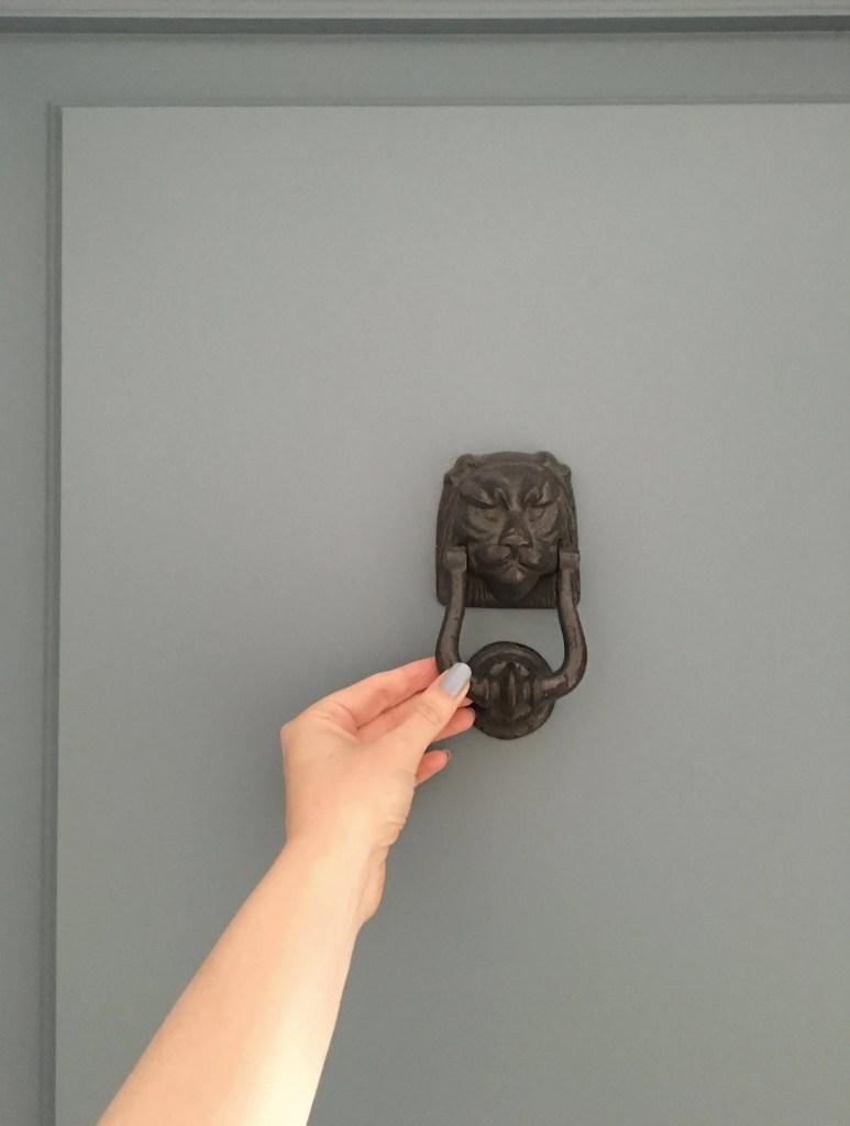 airbnb_florence_italy_interior_door_handle