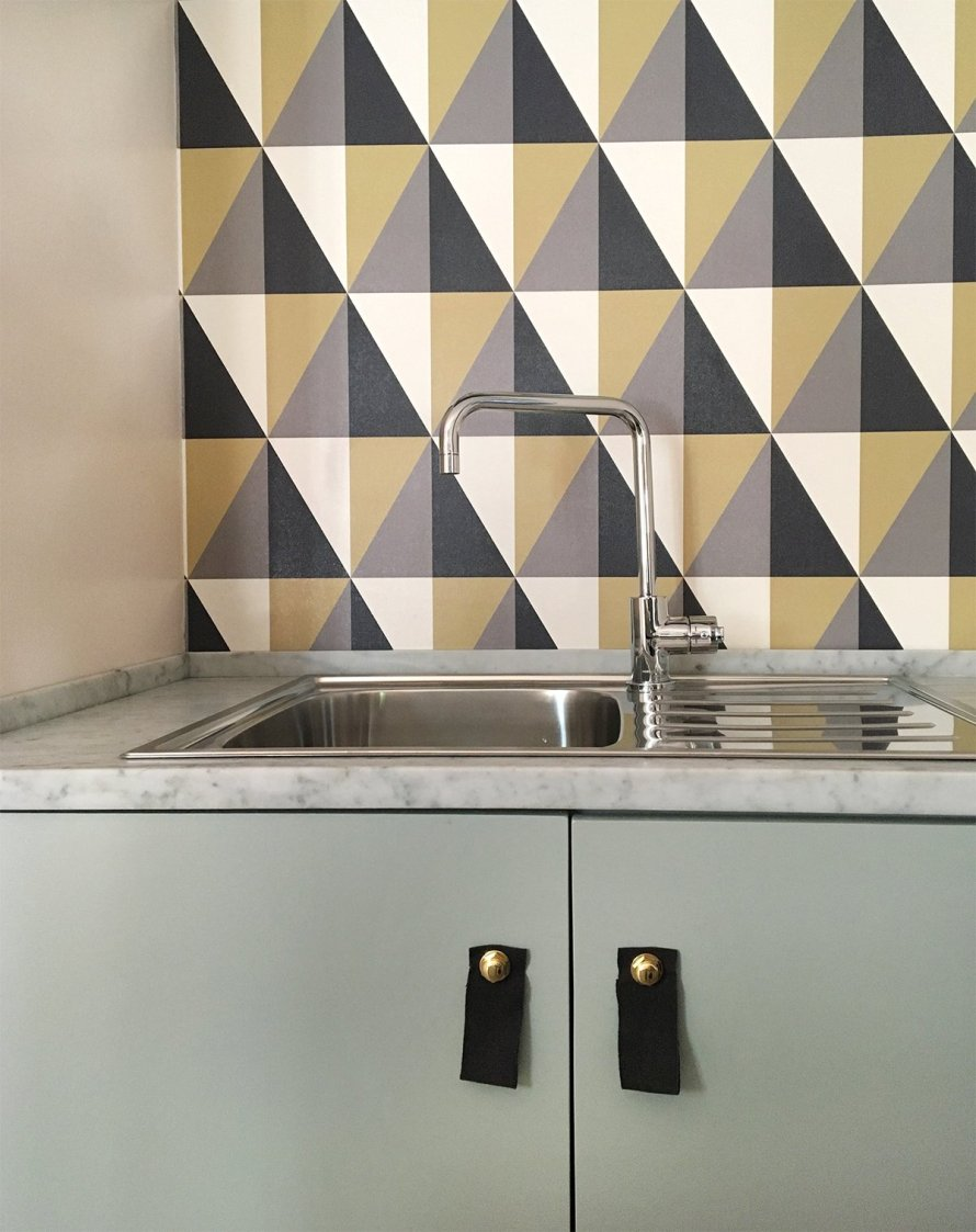 airbnb_florence_italy_interior_kitchen_wallpaper