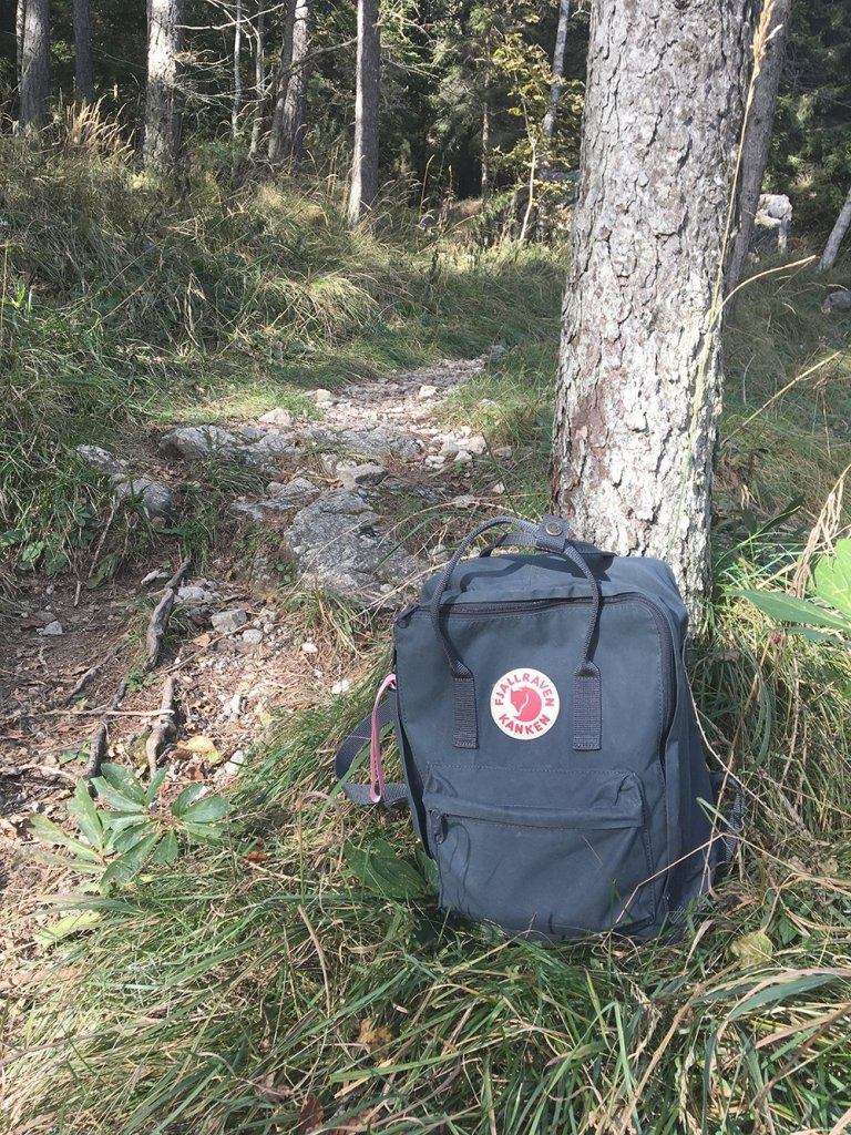 scandinavian_feeling_in_italy_hiking_kanken_backpack_fjallraven