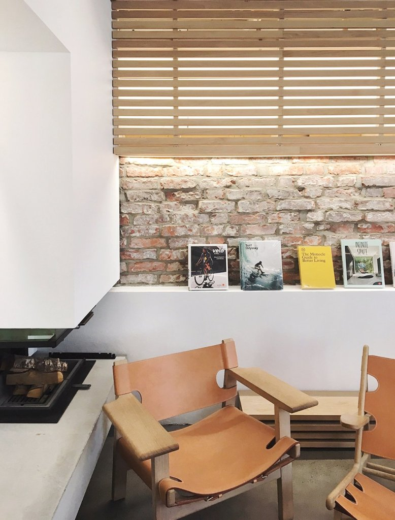 norway_autumn_kokko_cafe_stavanger_interior_fireplace_scandinavia