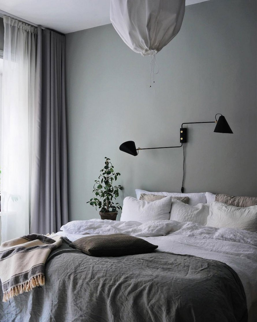 pale turquise bed calm cozy scandinavian