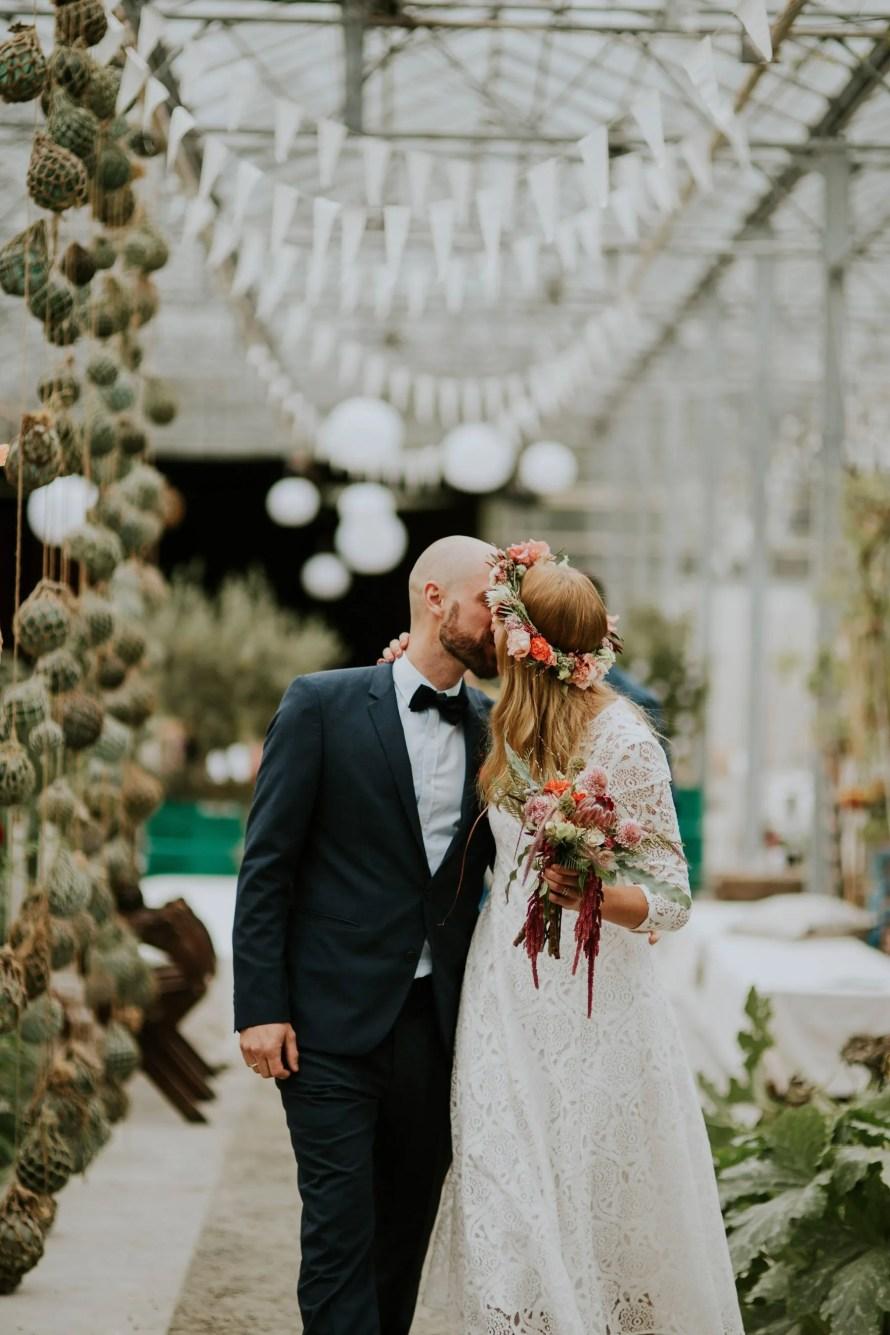 kiss norwegian wedding lineowrenfotografi tuvamats