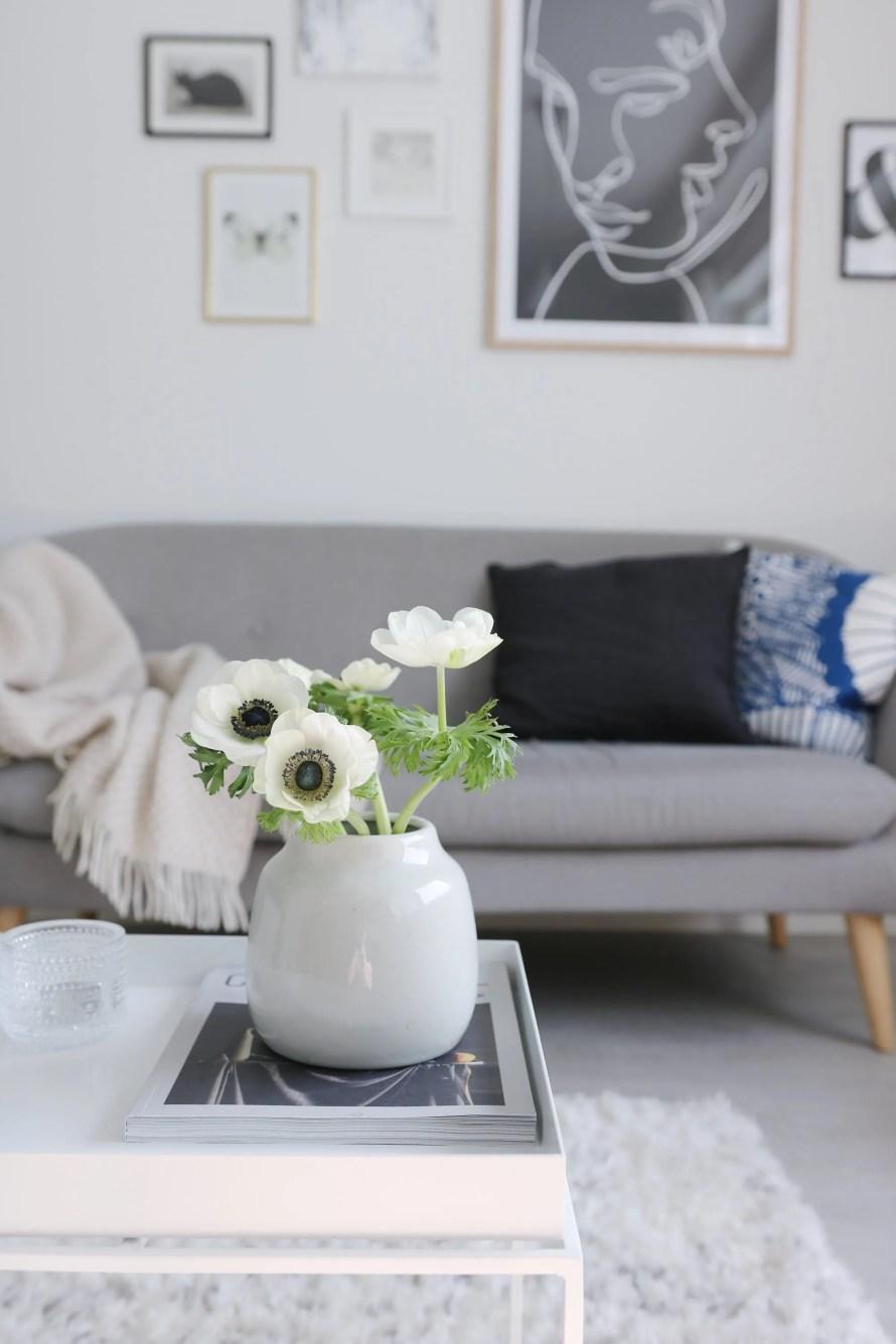 northernharmonies 8 livingroom flowers