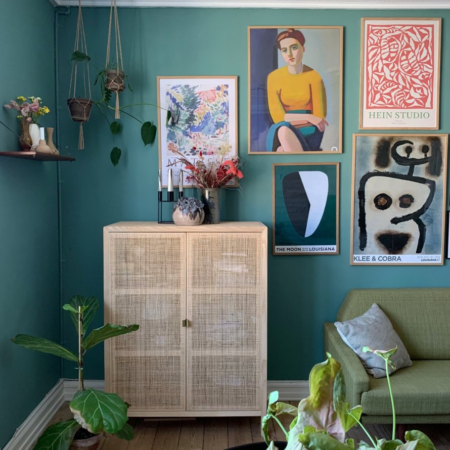 Kodeordeter 13 livingroom wall art