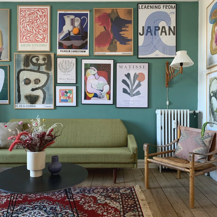 Kodeordeter 1 livingroom wall art