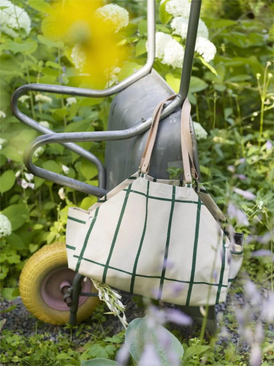 scandinavianfeeling gardening bag marimekko