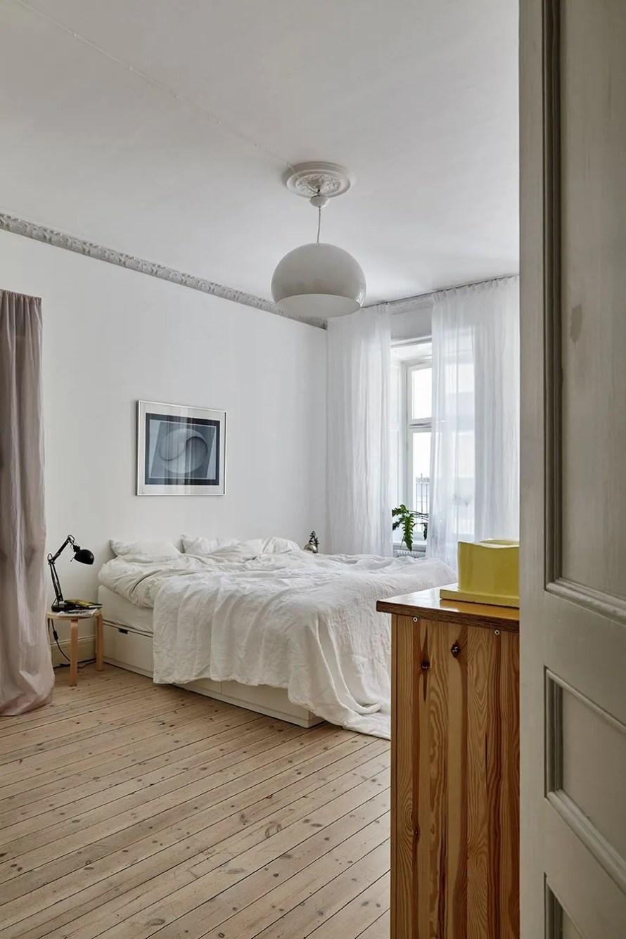 scandinavian feeling bedroom cozy hygge light 1