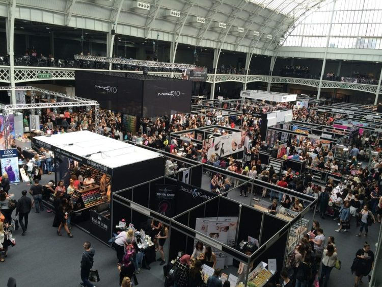 How To Stand Out In The Crowd At Marketing And Trade Shows