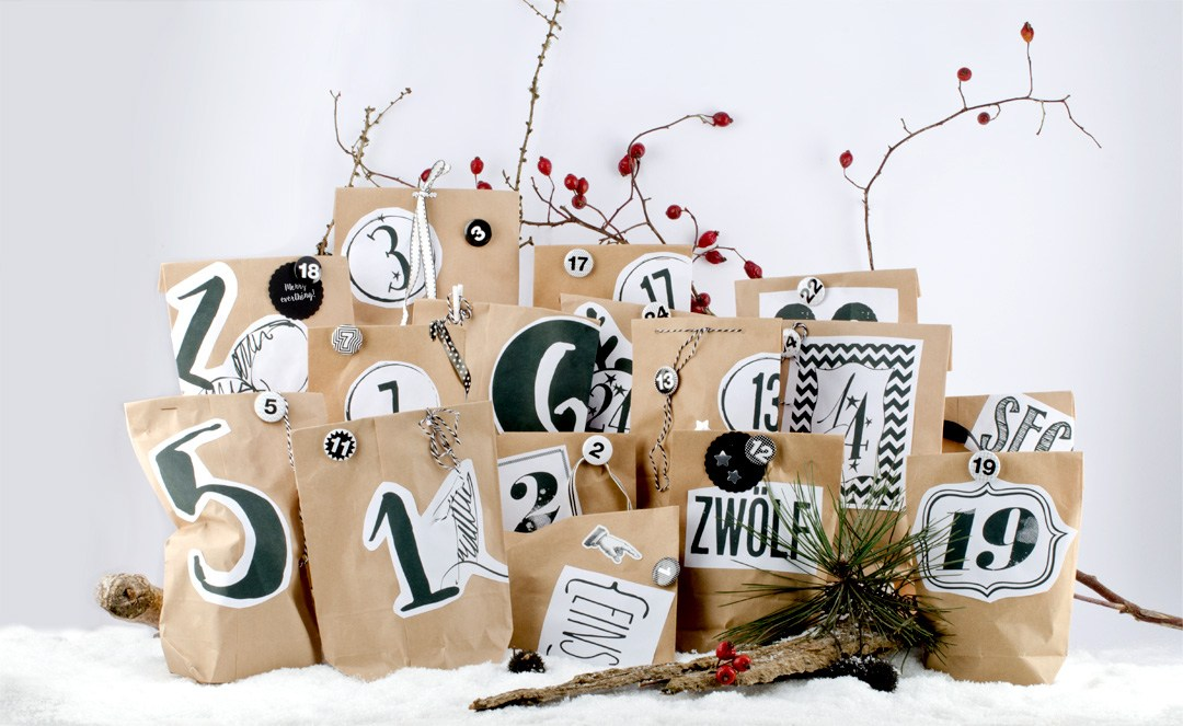 minimalistische Adventskalender zum Selbermachen mit Tüten, Stickern und Zahlen
