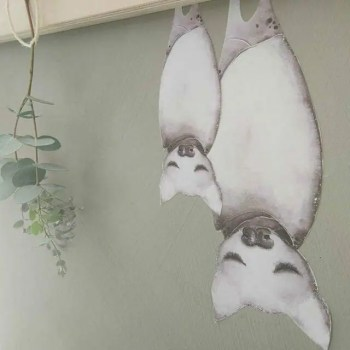 Olivia The Bat - Ambient - Wall stories from ThatsMine