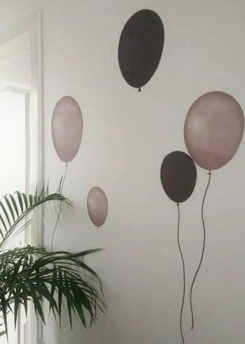 Grey brown Balloons - Ambient - Wall stories from ThatsMine