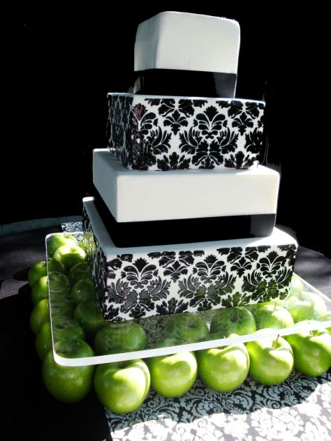Damask-wedding-cake-utah