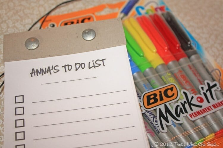 To do Notepad with some colorful Markers to gift