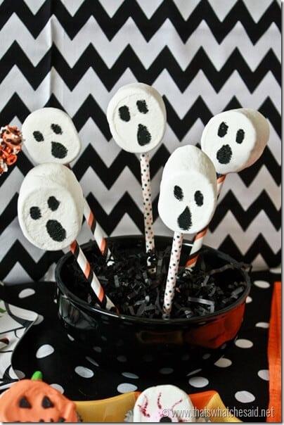 Marshmallow Ghost Pops