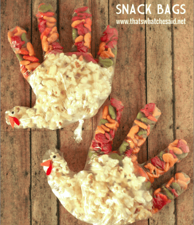 Turkey Snack Bags Kids Thanksgiving Activity at thatswhatchesaid.net