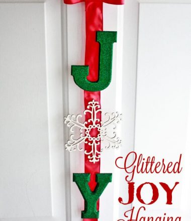 OY Glitter Hanging at thatswhatchesaid.net