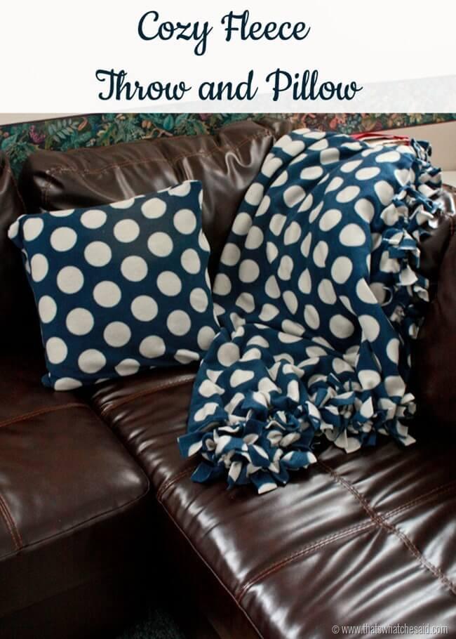 Cozy Fleece Blanket 1