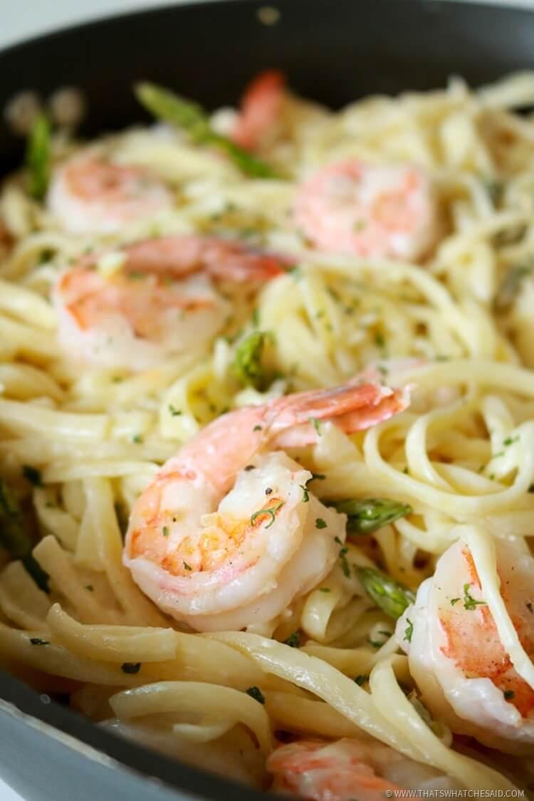 Shrimp Pasta with Garlic Wine Butter Sauce