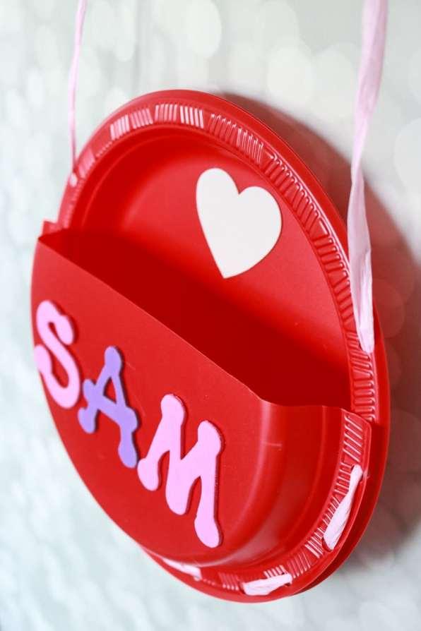 Valentine Card Keeper
