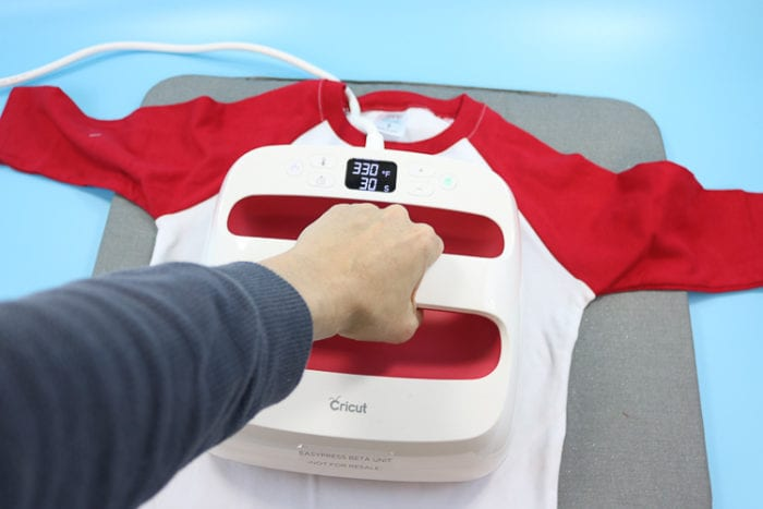 Use EasyPress for Holiday Shirts