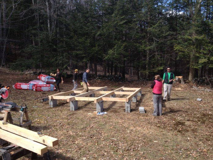 building the yurt platform