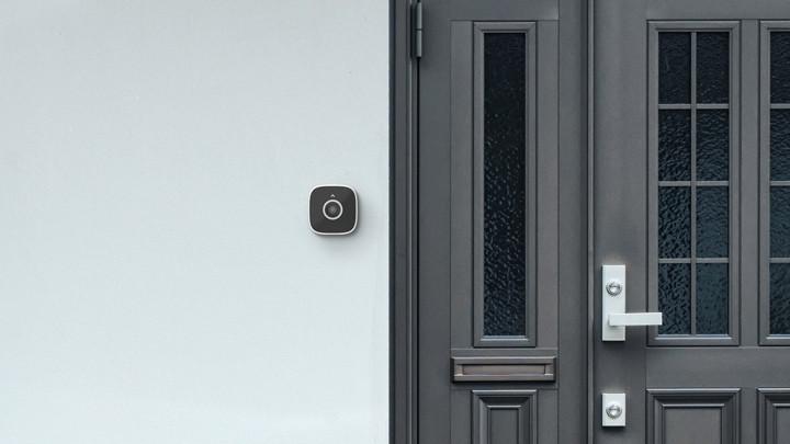 Abode lanza una cámara de seguridad que funciona como un timbre inteligente
