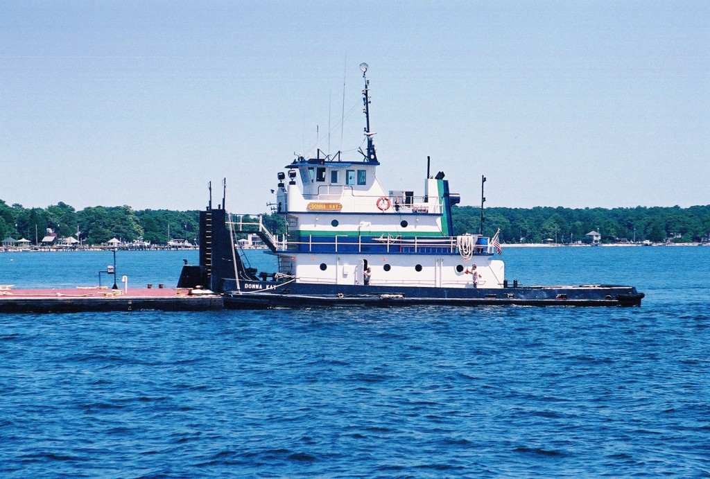 A tug boat similar to this one operating on the Potomac River at Piney Point was involved in the fatal crash on the Delaware River. THE CHESAPEAKE staff photo