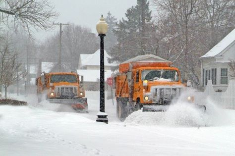 Virginia Road crews plow snow Gloucester County Sheriff's Office