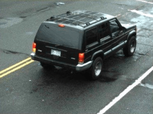 Black Jeep Grand Cherokee with DC tags wanted in robbery of conv. store PG 081314