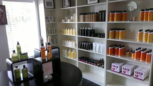 Tendrls and Curls, Black-Owned Businesses, Buy Black, Black Businesses, Small Business Saturday, Cyber Monday, Black Friday, The Best Natural Hair Products, Natural Hair Care, Black Blogs, Shopping Blogs, Shopping Guide, Black Bloggers, Fashion Blogs, Black Women Blogs, Black Women Magazines