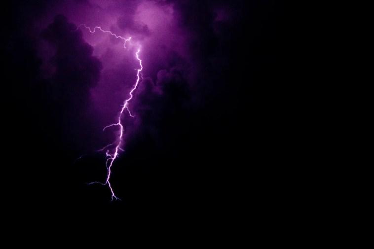 lightning in clouds, arduino lightning trigger