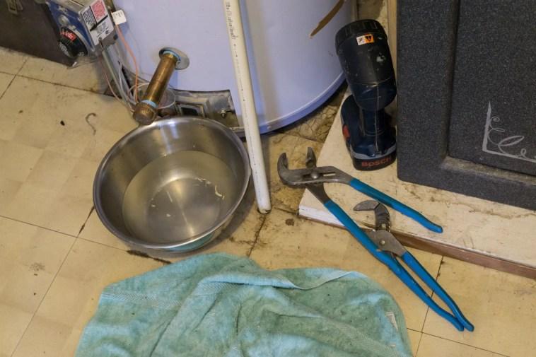 drain water heater maintenance
