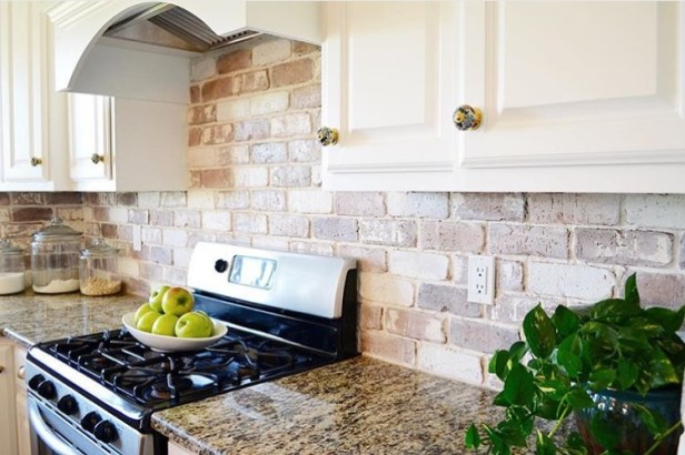 brick veneer backsplash
